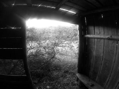 ... drevený prístrešok na Veľkej Márovke ...