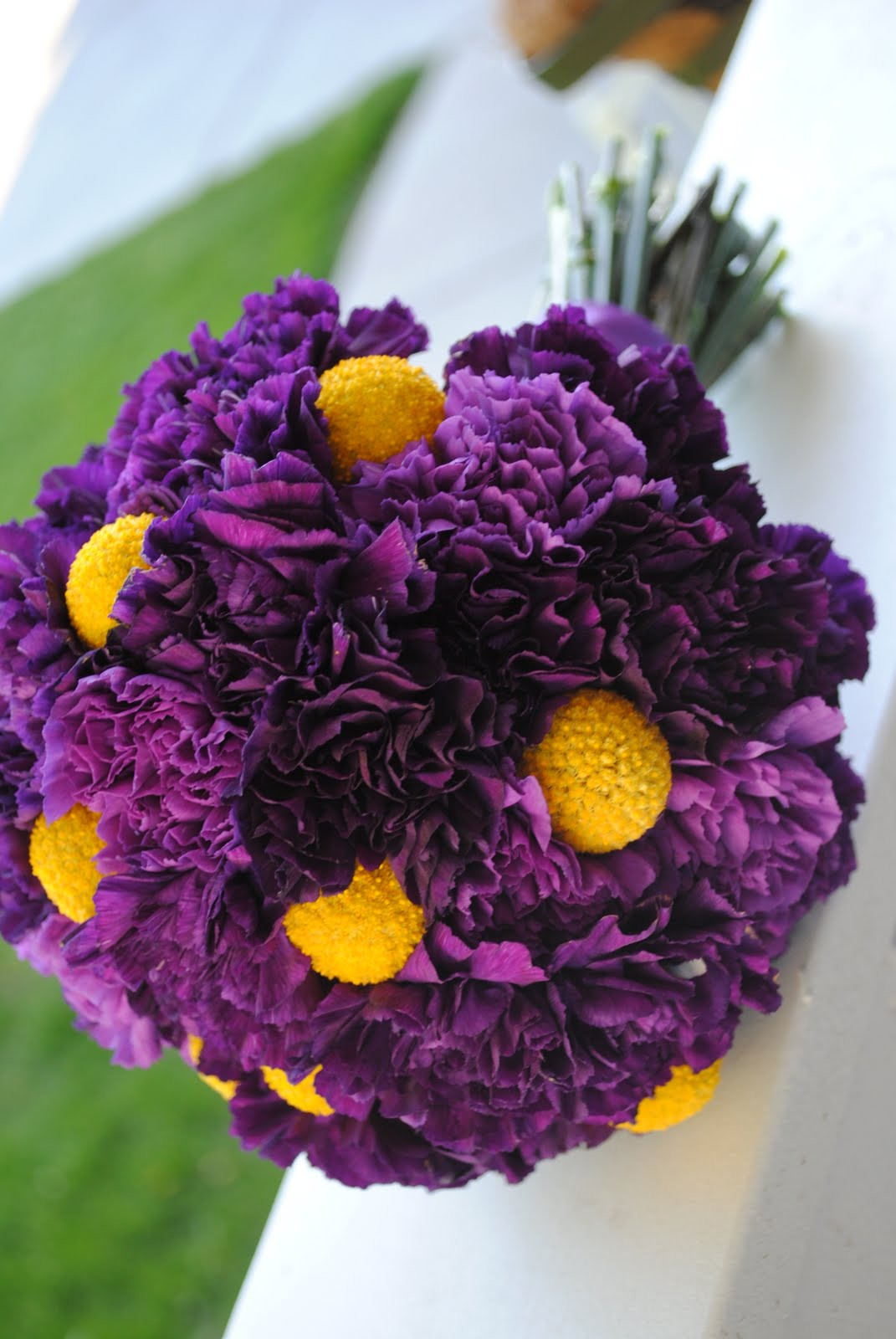 Amies blog purple wedding bouquet purple wedding bouquet color meaning purple mightylinksfo