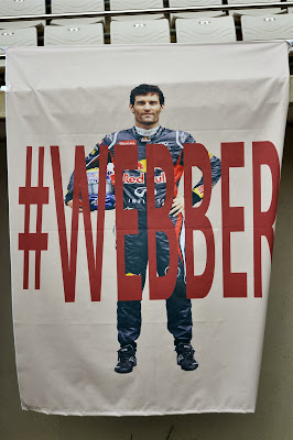 #Webber - баннер болельщиков в поддержку Марка Уэббера на трибуне Гран-при Кореи 2013