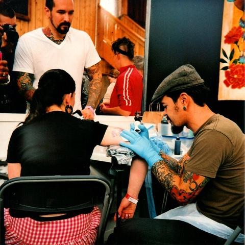 La moda de los tatuajes 3D o de ilusión óptica