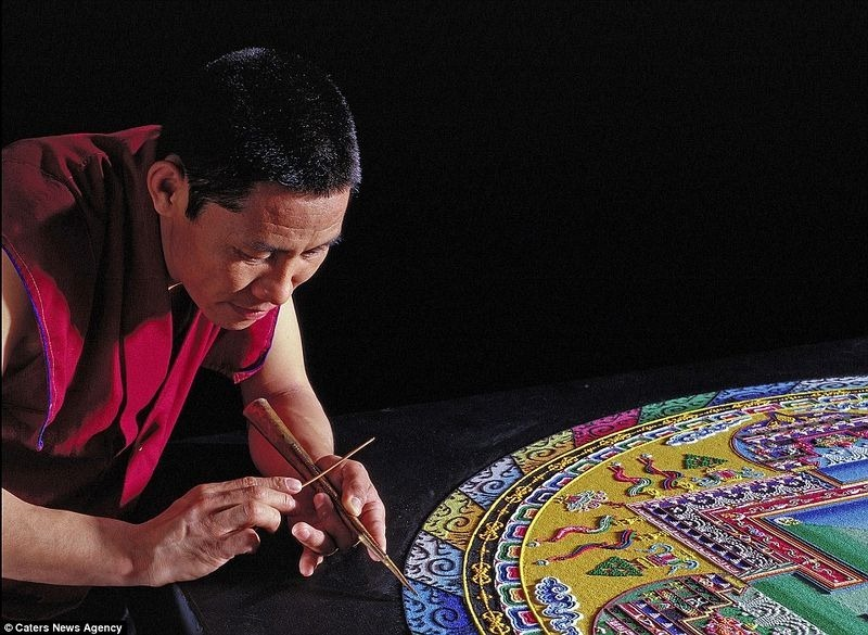 tibetan-sand-mandala-21