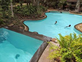 Deer Park Hotel pool