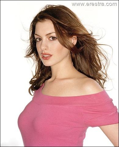 Anne Hathaway14.