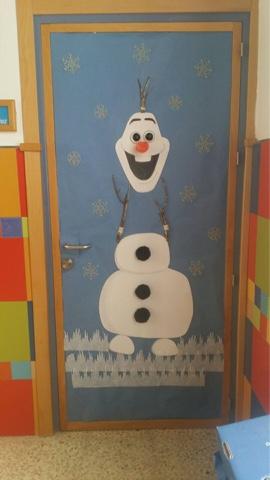 Colegio san agust n chiclana decoraci n navide a las for Decorar las puertas en navidad