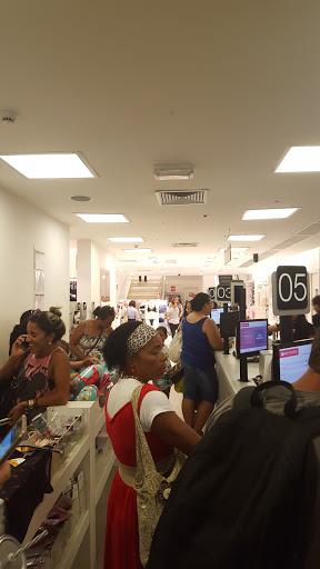 Lojas Renner, Av. Princesa Isabel, 478 - Centro, Vitória - ES, 29010-364, Brasil, Loja_de_Vestuário_Masculino, estado Espírito Santo