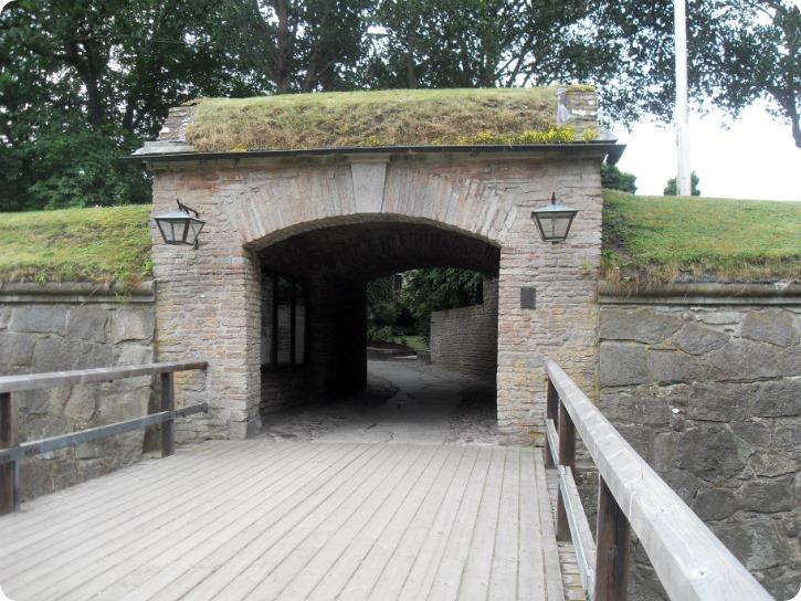 Porten gennem ravelinen