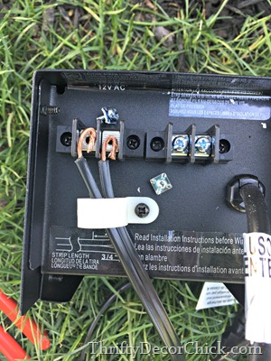 connecting power pack to landscaping lights