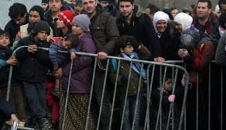 Crise migratoire: environ 6.500 réfugiés bloqués à la frontière gréco-macédonienne