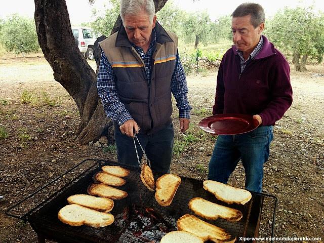 desayuno-de-tenedor-olivares.jpg