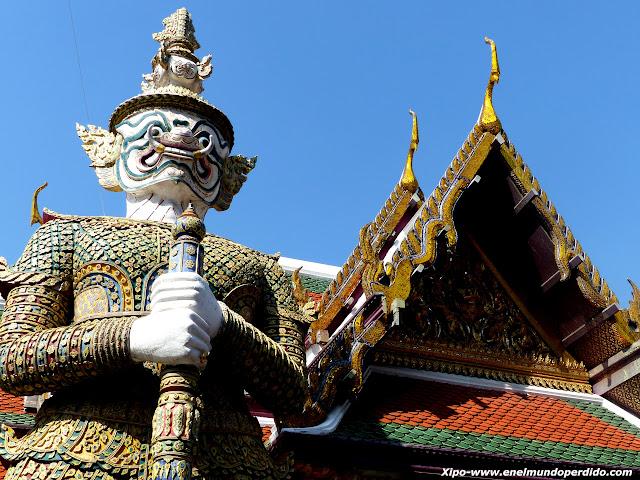 guerrero-gran-palacio-bangkok.JPG