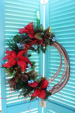 Turquoise and red lasso wreath