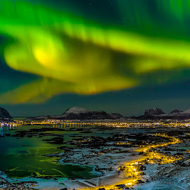 Lofoten island Vestvågøy by Jonas Bohlin - Landscapes Starscapes ( #northenlight, #lofotenisland, #winterwonderland, #auroraboreali, #auroraborealis )