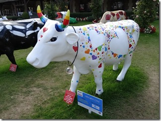 2015.09.09-017 Origami Cow