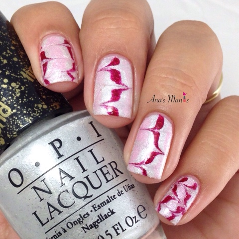 marbled-peppermint-candy-nails