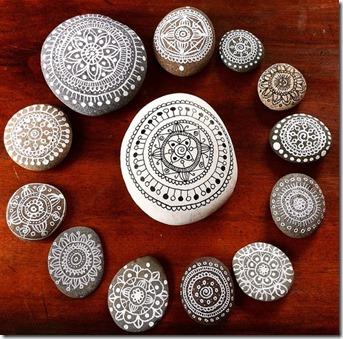 Diy c mo hacer piedras decoradas manos creativas - Decorar con piedra ...