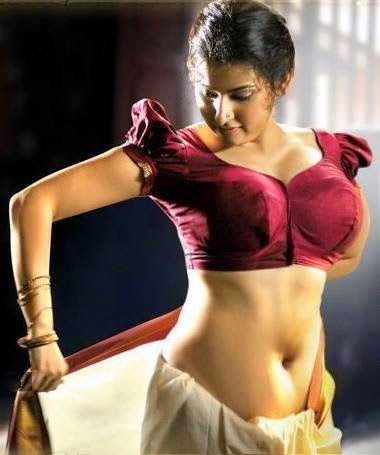 navel hindu girl