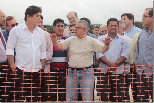 01.07 Governador visita obra do acesso ao aeroporto de São Gonçalo - Foto Rayane Mainara (6)