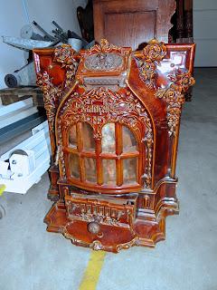 Антикварная печь ок.1880 г. Выполнена из керамики. 2000 евро.