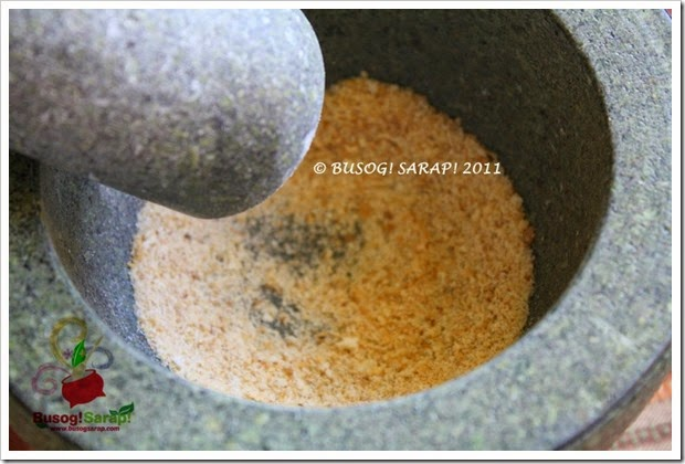 MAKING BREAD CRUMBS STEP5© BUSOG! SARAP! 2011