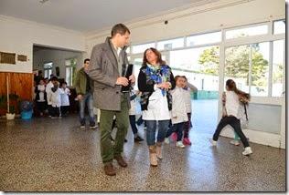 El intendente del Partido de La Costa, Juan Pablo de Jesús, recorrió las obras de la Escuela Primaria N° 4 de Santa Teresita