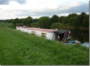 25 moored above frodsham cut