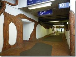 Uelzen_-_Bahnhof_von_Friedensreich_Hundertwasser04