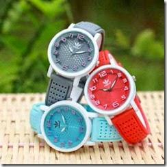 Jam Tangan Cantik (Abu, Merah, Biru) Semi Super, diameter 3,7cm, @75rb free box   baterai