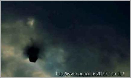 cubos-voadores-ufos