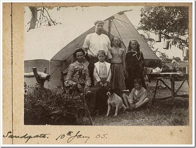 Camping_with_the_Williams_family_at_Sandgate
