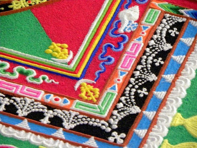 tibetan-sand-mandala-13