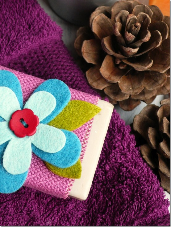 bomboniera-saponetta-regalo-gift-favors-soap-felt flower-sizzix big shot-by cafecreativo (1)