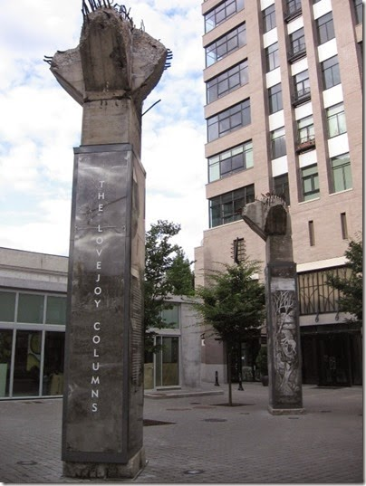 IMG_8614 Lovejoy Columns in Portland, Oregon on August 19, 2007
