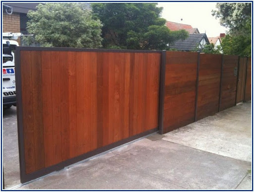 Confounded #Above Ground Pool Fencing Ideas style. #FenceDesigns. http://www.unionsunday.org/above-ground-pool-fencing-ideas/