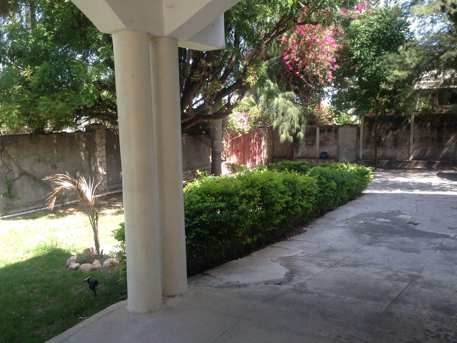 Maison vendre ou louer delmas 83 immobilier en haiti for Immobilier maison a louer
