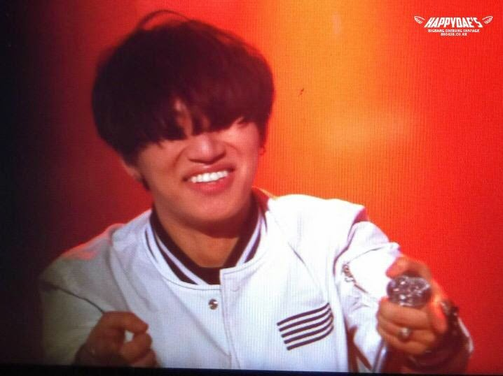Dae Sung - Made Tour in Seoul Day 1 - 25apr2015 - Fan - Happy Daes - 3.jpg