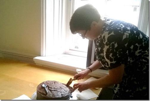 Sarah cuts cake 2