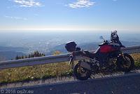 Von Vittorio Veneto über den Monte Frascone zum Col Visentin (1764m) und dem gelichnamigen Rifugio dort oben. Unten liegt Vittorio Veneto und die Venezianische Ebene.
