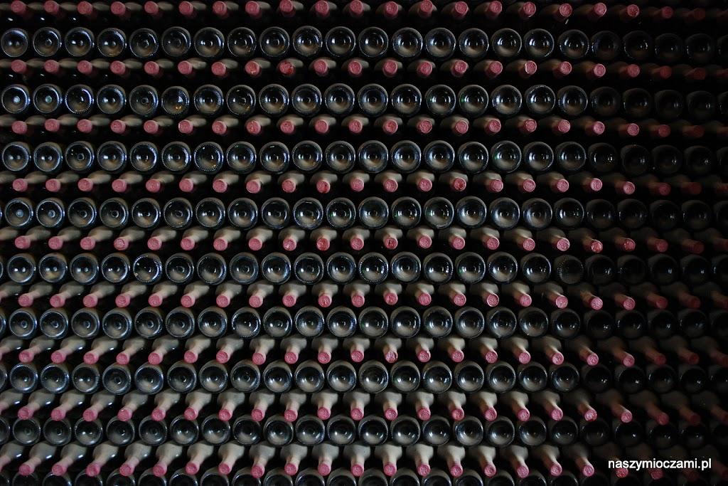 Zapasy jednej z wielu lokalnych winiarni...