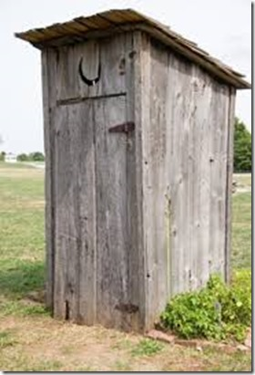 Outhouse-iStock2248112XSmal