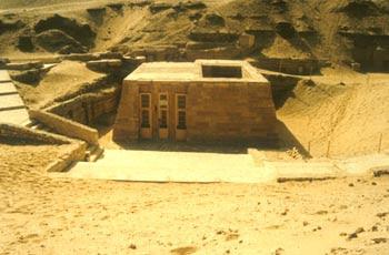Mastaba de Niakhkhnum y Khnumhotep. Bloques de piedra caliza. V dinastía. Saqqara, Egipto.