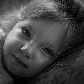 Gianna in black and white by Joe Saladino - Black & White Portraits & People ( child, girl, black and white, toddler, portrait,  )