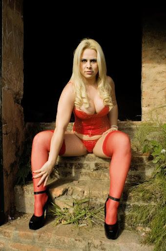 ALINE SIMONY SILVA http://www.facebook.com/alinesimony http://www.orkut.com.br/Main#Profile?uid=14998098323750049993