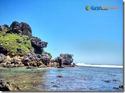 Pantai Nglambor Kisah Foto Blog05