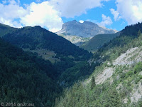 Auf der Nordrampe des Col d'Allos (2247 m) Richtung Barcelonnette. Blick zurück.