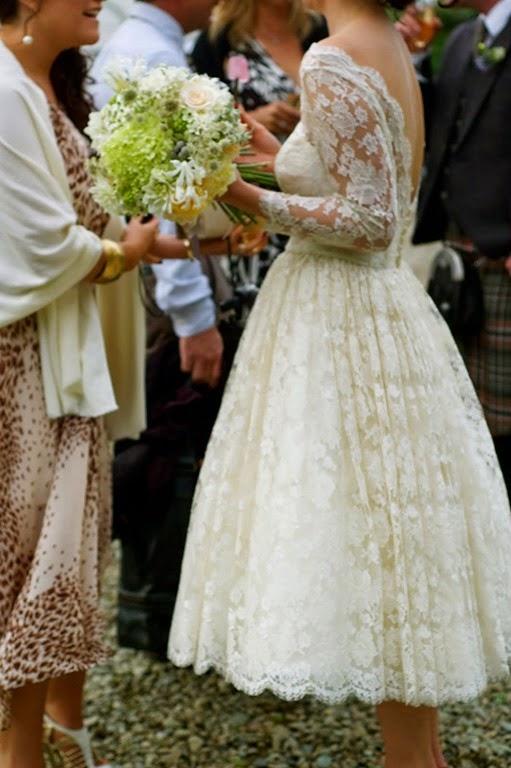 [Chic-Rustic-Tea-Length-Lace-Wedding-Dress%255B5%255D.jpg]