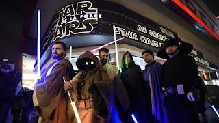 Le nouveau Star Wars franchit le milliard de dollars de recettes