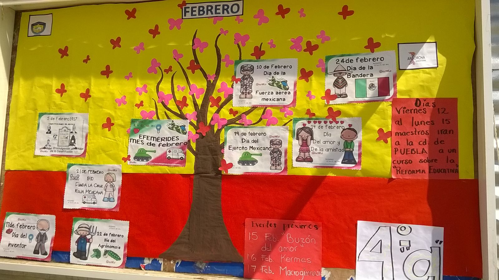 Seccional sur peri dico mural mes se febrero for Como organizar un periodico mural