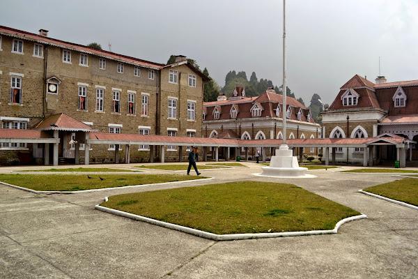 школа святого павла дарджилинг