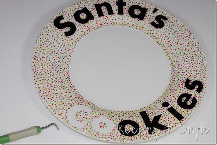 #ad Santa-Cookies-Cake-Cookies-With-DIY-Santa-Plate #BakeintheFun (9)