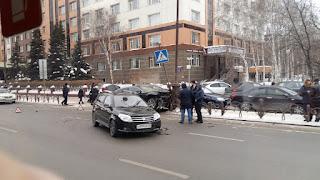 VzuCYsU115E.jpg